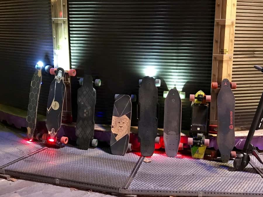 electric skateboards with ligths