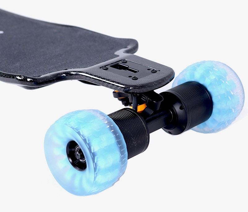 direct drive electric skateboard with blue wheels